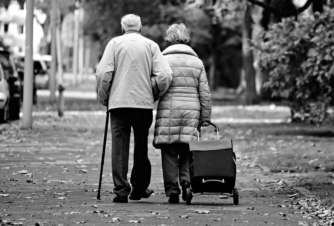 Achat en viager : quel est l'âge idéal du vendeur ?